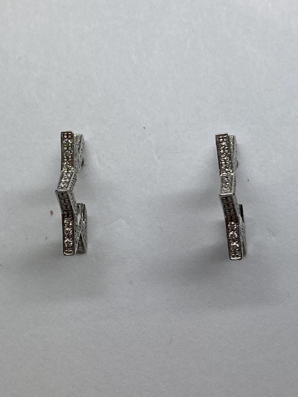 18K white gold 0.50ct Diamond Earrings - image 3