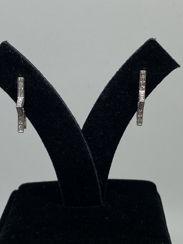 18K white gold 0.50ct Diamond Earrings - image 5