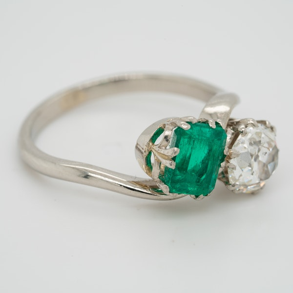 Emerald and diamond crossover  Art Deco ring - image 2