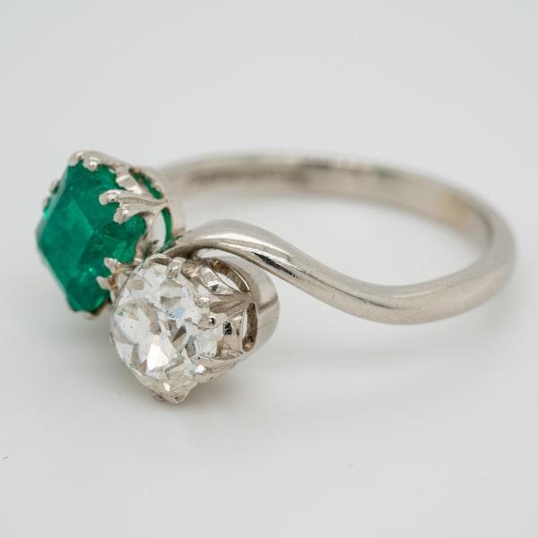 Emerald and diamond crossover  Art Deco ring - image 3