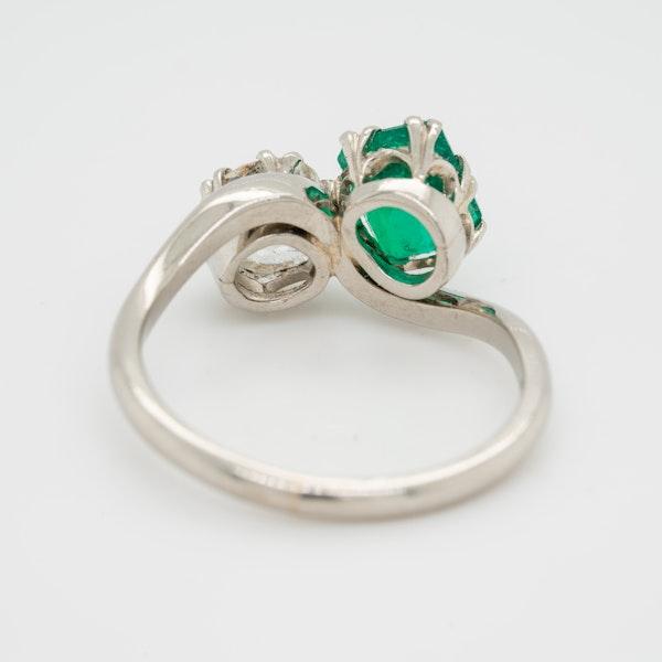 Emerald and diamond crossover  Art Deco ring - image 4