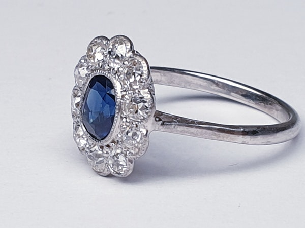 Antique sapphire and diamond cluster engagement ring - image 3