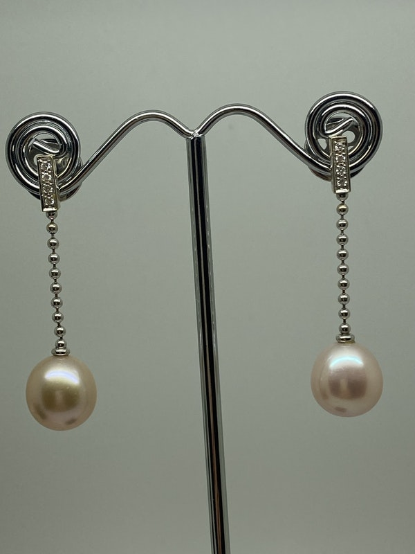 """""""Boodles"""" 18K white gold Diamond and Pearl Earrings - image 2"""