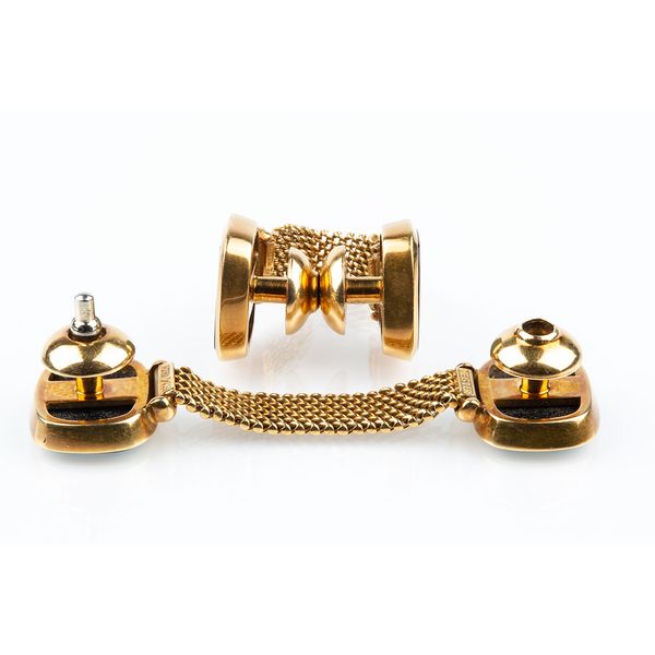 "Vintage Meister ""Around the Cuff"" Links with Onyx set in 18 Karat Yellow Gold, Swiss circa 1950. - image 3"