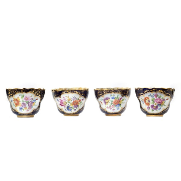 19th century Meissen cups and saucers - image 6