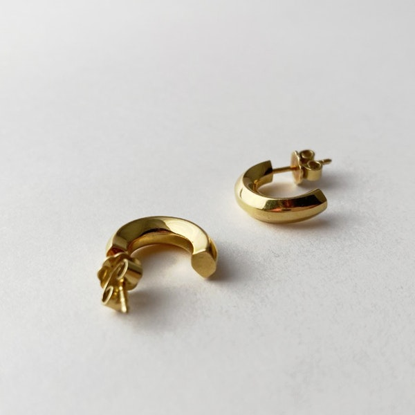 London 2004, 18ct Yellow Gold Earrings by BOODLES, SHAPIRO & Co - image 4