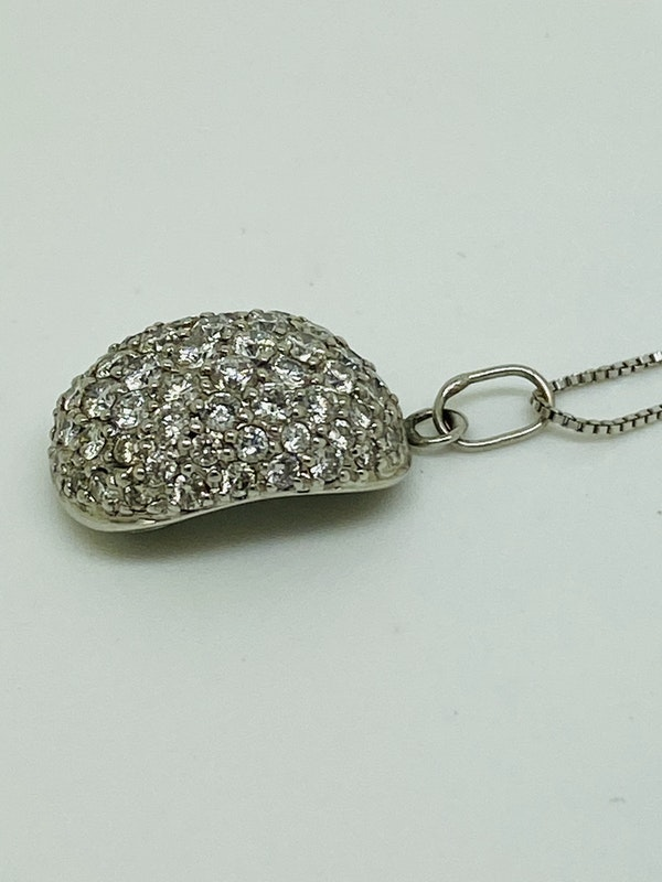 18K white gold Diamond Pendant - image 2