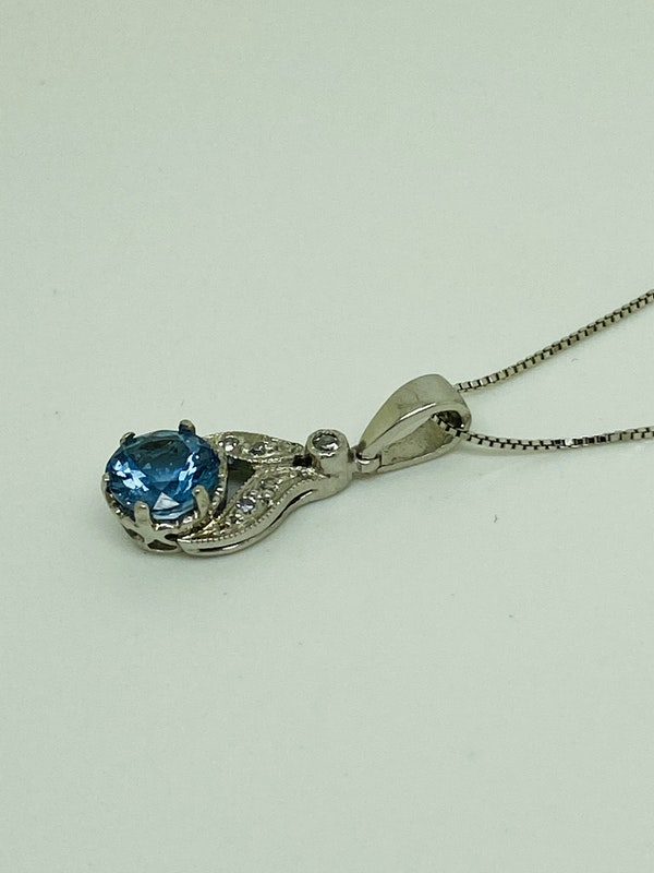 Platinum 1.00ct Natural Aquamarine and Diamond Pendant - image 2