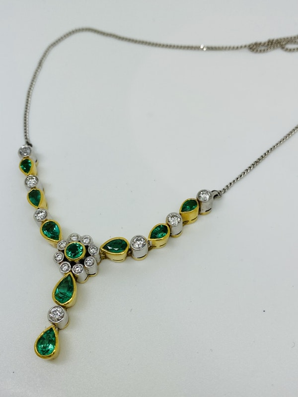 18K white/yellow gold Natural Emerald and Diamond Necklace - image 2