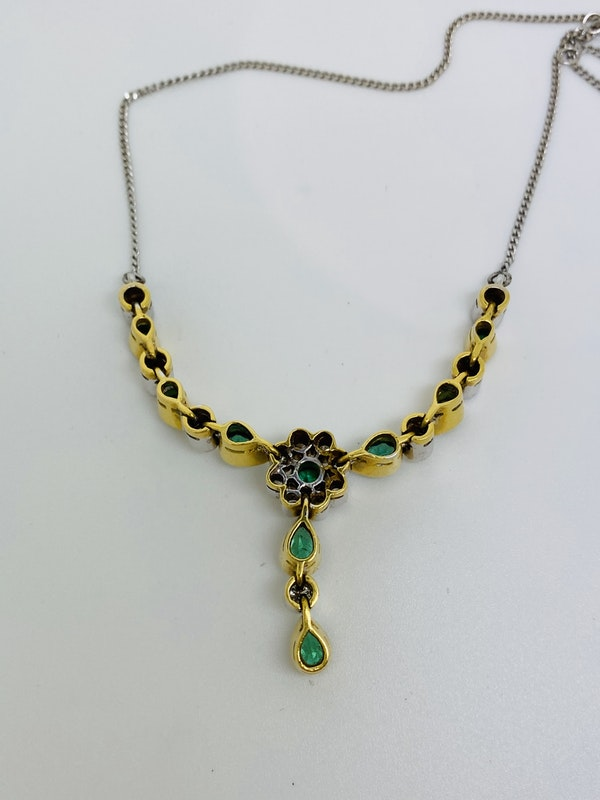 18K white/yellow gold Natural Emerald and Diamond Necklace - image 3