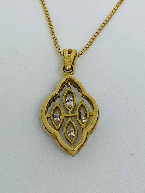 18K white/yellow gold Diamond Pendant - image 3