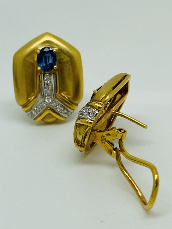 18K yellow gold Diamond and Blue Sapphire Earrings - image 2