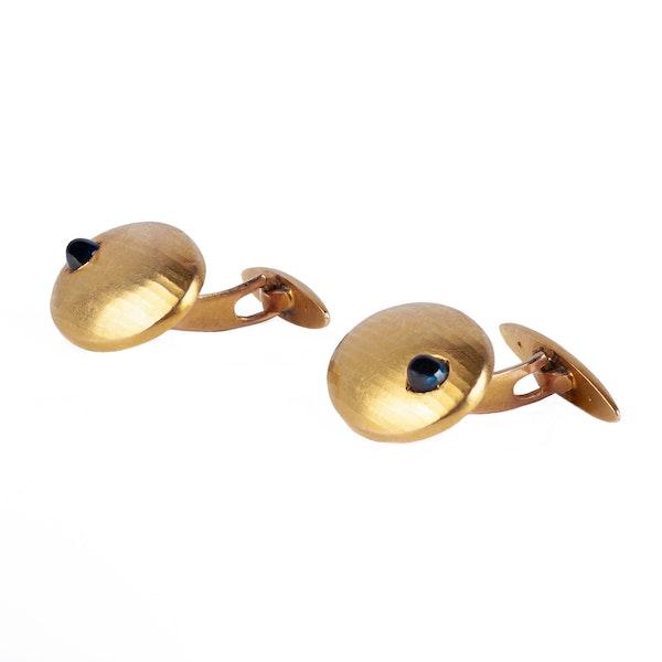 Antique Cufflinks in 14 Karat Gold with Cabochon Sapphire, *Austrian circa 1900. - image 3