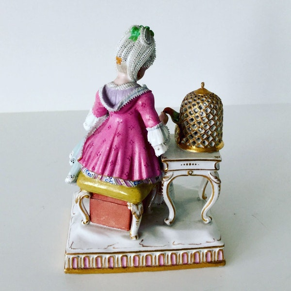 Meissen figure of touch - image 5