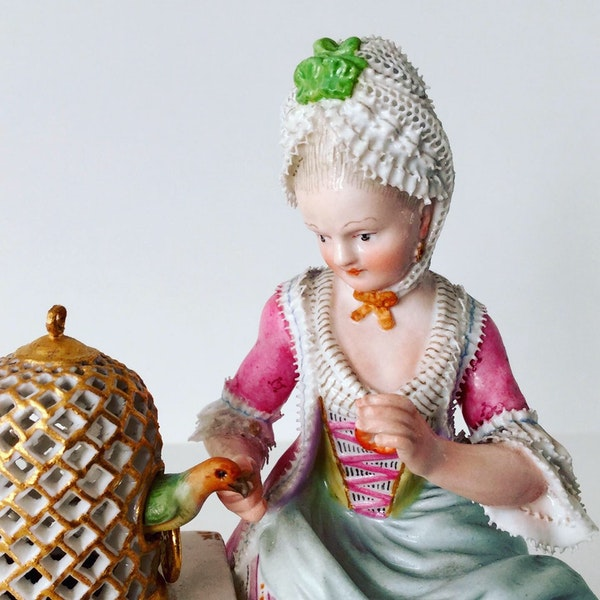 Meissen figure of touch - image 2