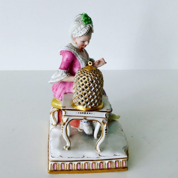 Meissen figure of touch - image 3