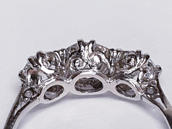 Art deco diamond three stone ring - image 3