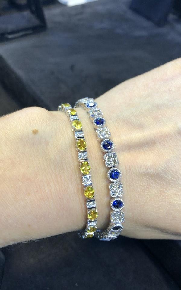 18K Yellow gold, 10.31ct Natural Yellow Sapphire and 1.02ct Diamond Bracelet - image 5