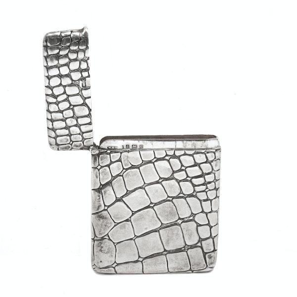 A silver card case - image 2