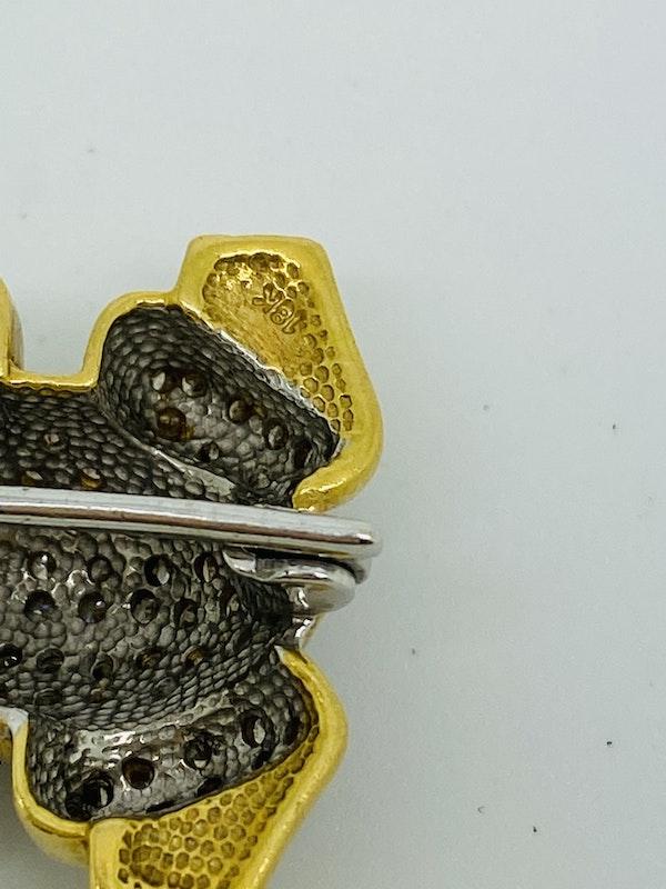18K white/yellow gold Diamond Brooch - image 4