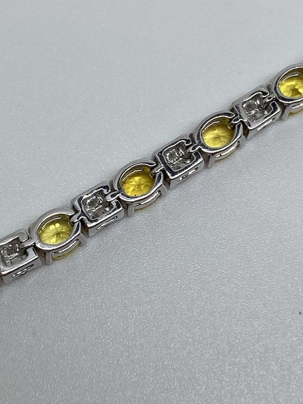 18K Yellow gold, 10.31ct Natural Yellow Sapphire and 1.02ct Diamond Bracelet - image 7