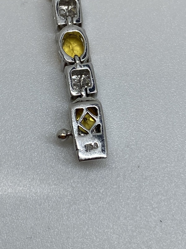 18K white gold, 10.31ct Natural Yellow Sapphire and 1.02ct Diamond Bracelet - image 8