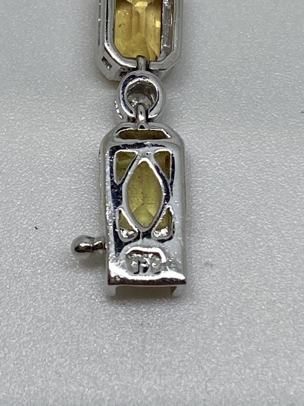 18K white gold 13.53ct Natural Yellow Sapphire and 0.89ct Diamond Bracelet - image 8
