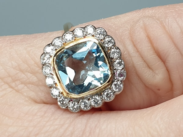 Aquamarine and Diamond Ring  DBGEMS - image 2