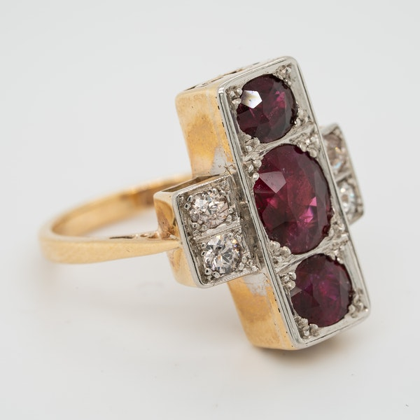 3 Rubies and diamonds tablet shape  ring - image 2