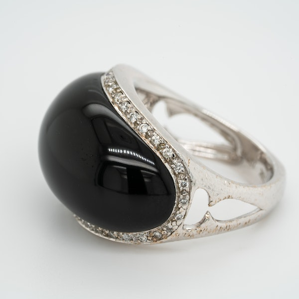Vintage onyx and diamond ring by Stephen Webster - image 3