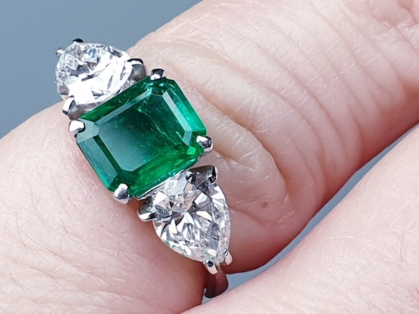 Emerald and pear shaped diamond engagement ring  DBGEMS - image 3