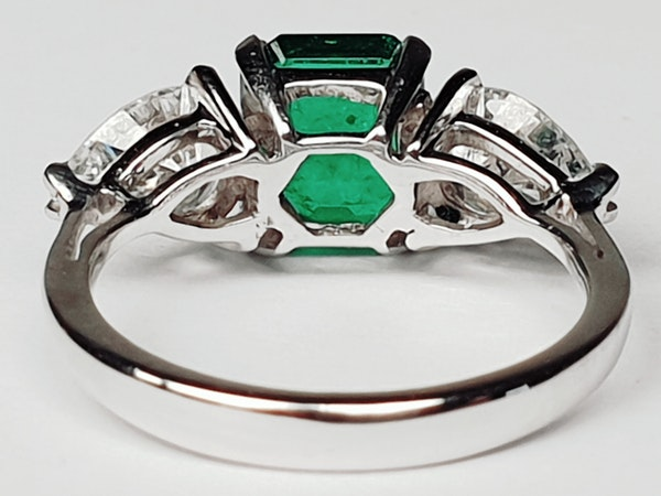 Emerald and pear shaped diamond engagement ring  DBGEMS - image 5