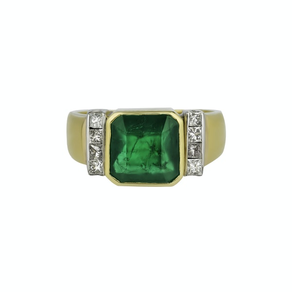 Emerald and diamond ring - image 2