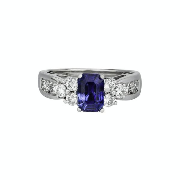 Sapphire diamond ring - image 2