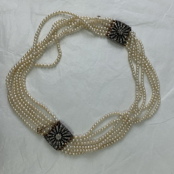 Natural pearl necklace with diamond clasps - image 3