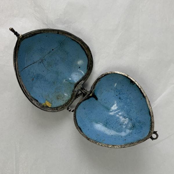 Seventeenth century enamelled silver heart - image 3