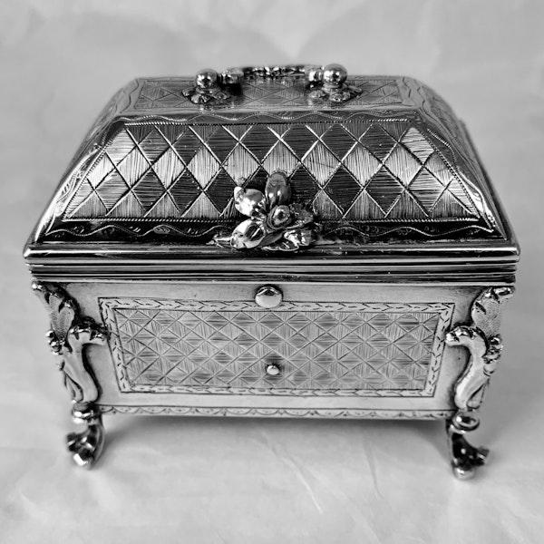 1720 Spanish silver casket/box - image 3