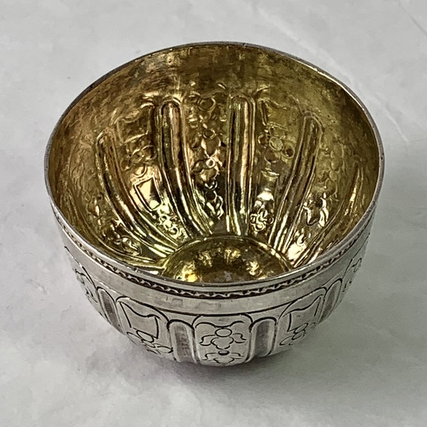 Eighteenth century silver vodka cup - image 2