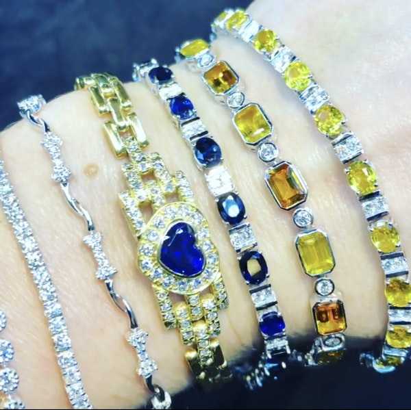 18K yellow gold 2.00ct Natural Blue Sapphire and 1.00ct Diamond Bracelet - image 4
