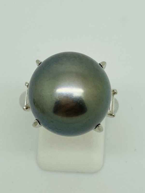 Platinum Black Pearl Diamond Ring - image 2