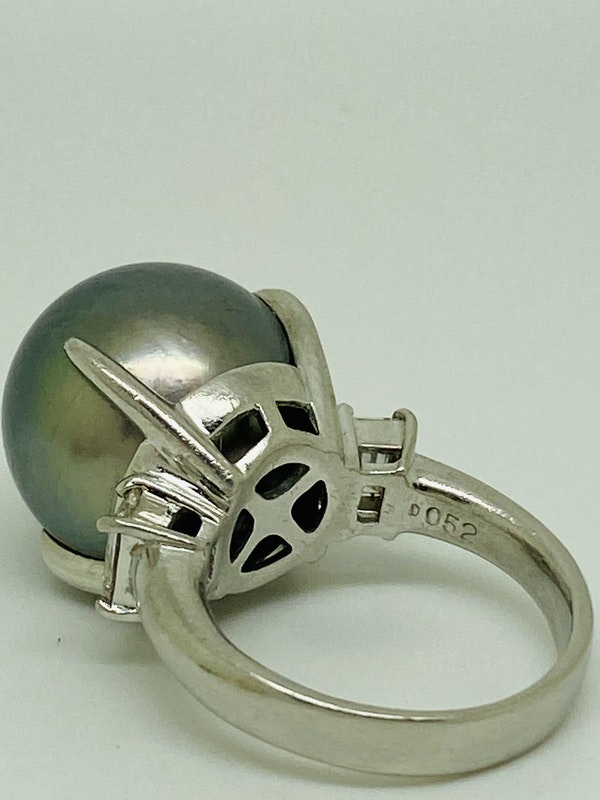 Platinum Black Pearl Diamond Ring - image 5