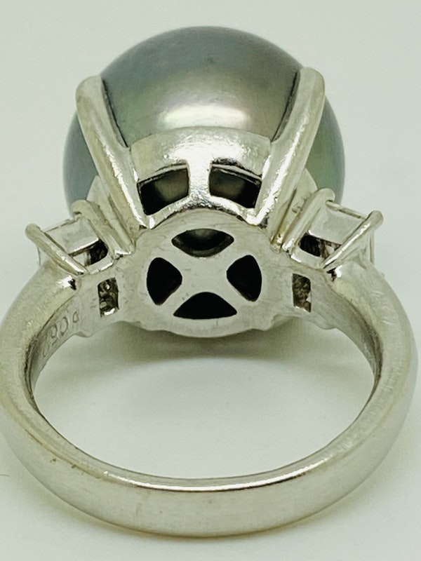 Platinum Black Pearl Diamond Ring - image 7