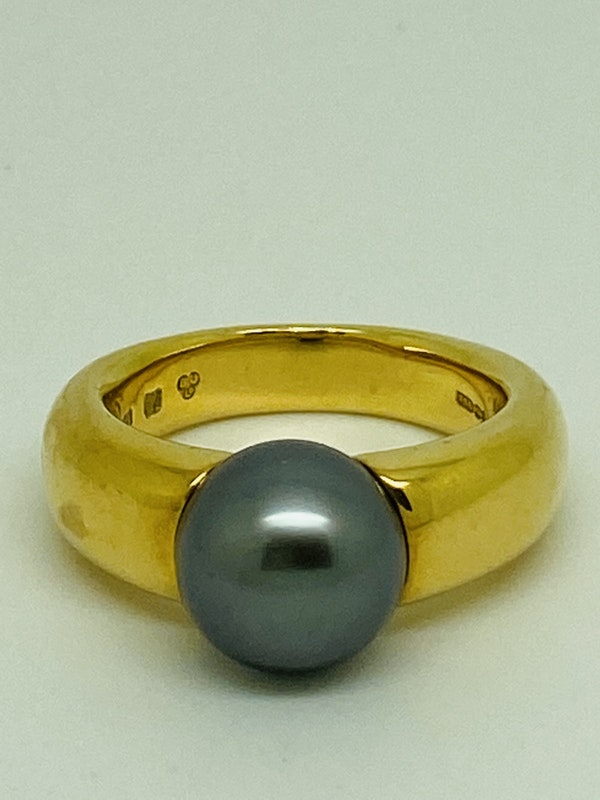 18K yellow gold Black Pearl Ring - image 1