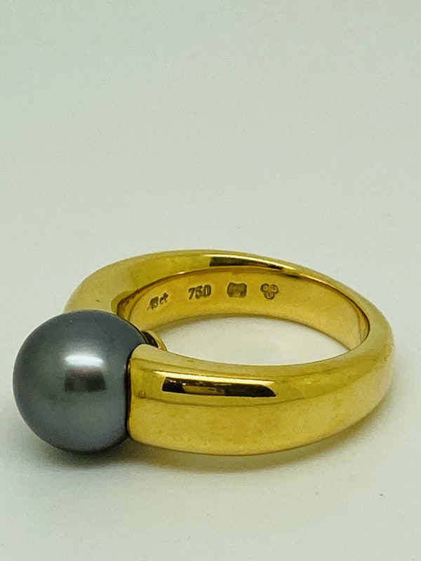 18K yellow gold Black Pearl Ring - image 2