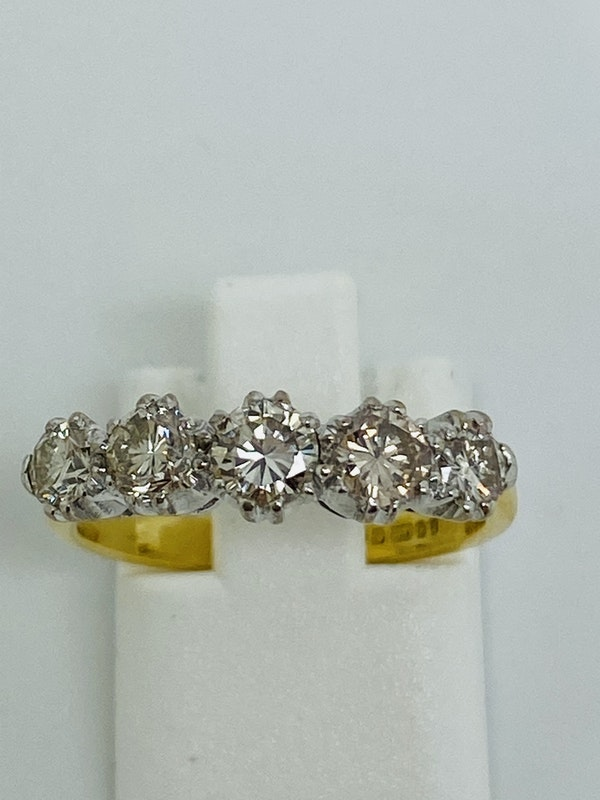 Half Eternity 5-stone Diamond Ring. - image 1