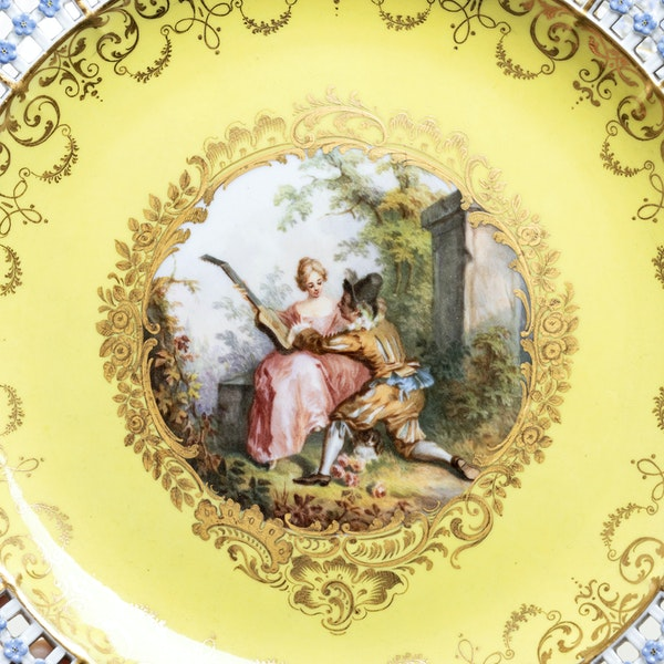 19th century Meissen reticulated plate - image 2