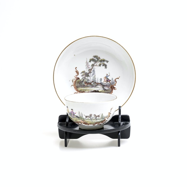 18th century Meissen cups and saucers - image 1