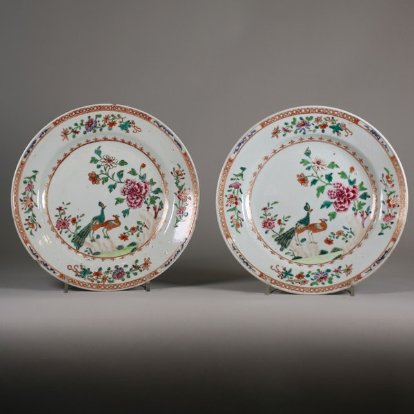 Pair of Chinese 'double-peacock' plates, Qianlong - image 1