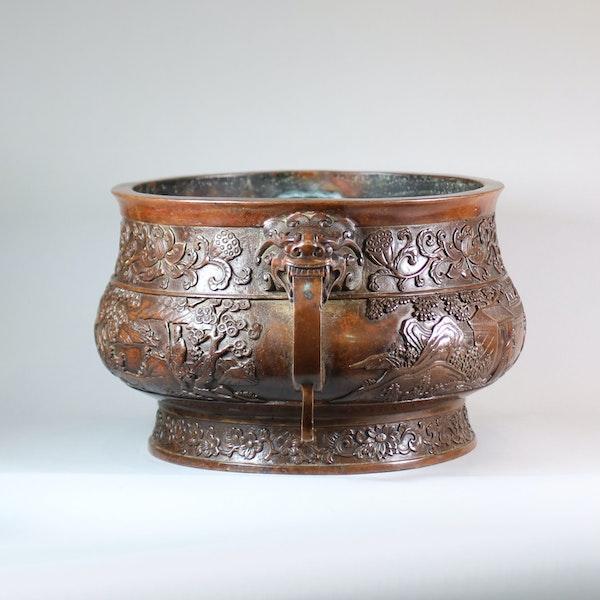 Chinese large bronze censer - image 4