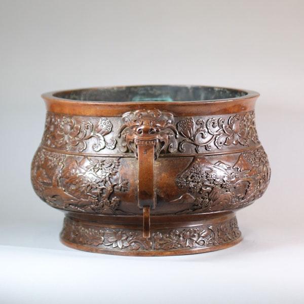 Chinese large bronze censer - image 5